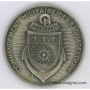 Commandement Militaire GUADELOUPE Médaille de table 72 mm
